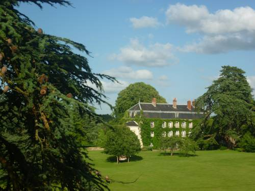 Bed and Breakfast - Château du Vau Cover Picture
