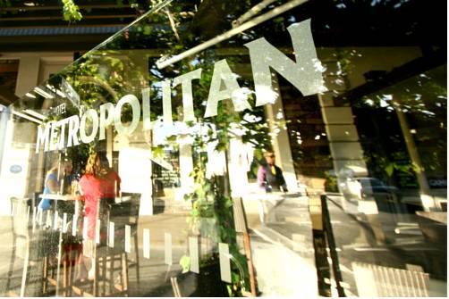 Hotel Metropolitan Cover Picture