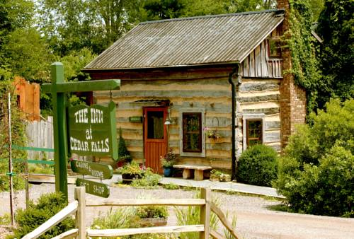 Inn & Spa at Cedar Falls Cover Picture