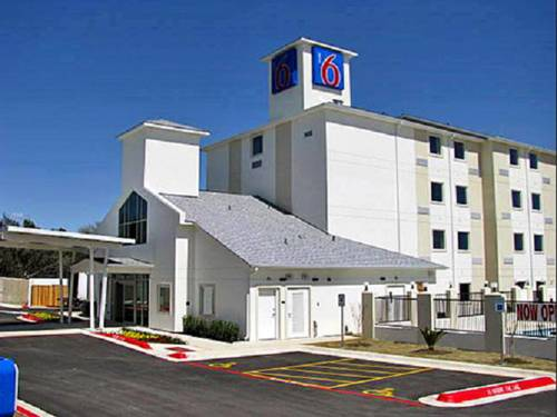 Motel 6 Marble Falls Cover Picture