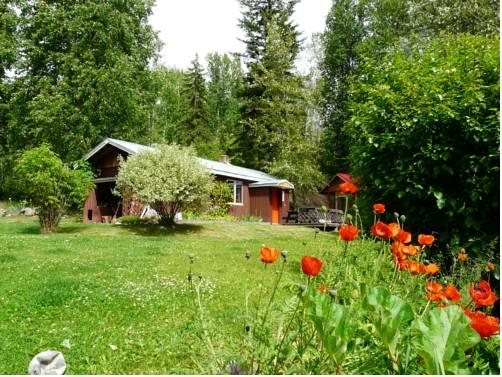 Lorien Guest Cottage Cover Picture