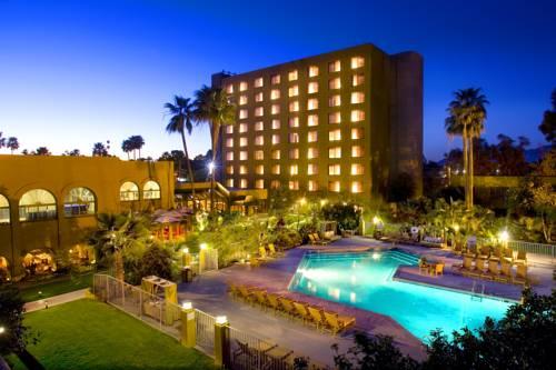 DoubleTree by Hilton Tucson-Reid Park Cover Picture