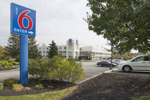 Motel 6 - Cleveland - Willoughby Cover Picture
