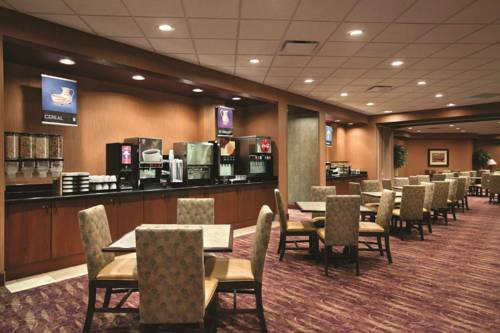 Embassy Suites Minneapolis - North Cover Picture