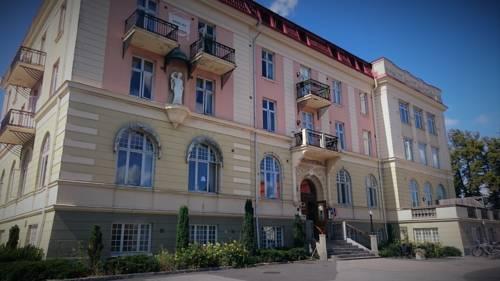 Stadshotellet Sölvesborg Cover Picture