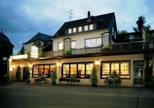 Hotel Restaurant Zum Felsenkeller Cover Picture