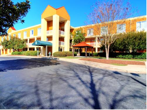 Quality Inn & Suites Medical Park Cover Picture