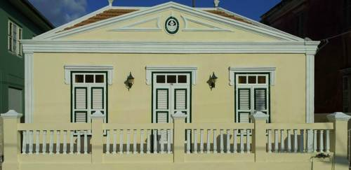 Poppy Hostel Curacao Cover Picture