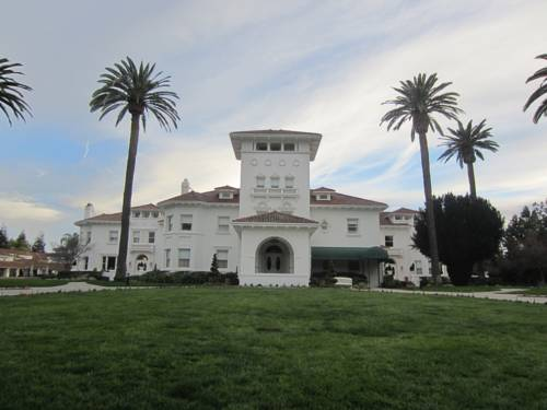 Dolce Hayes Mansion Cover Picture