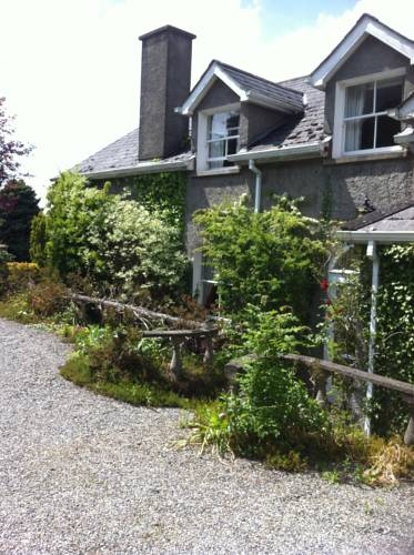 Moate House Accomodation Cover Picture