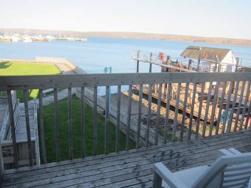 Shoreline Suites Cover Picture