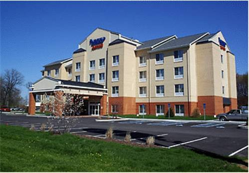 Fairfield Inn and Suites by Marriott Seymour Cover Picture