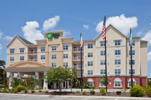Holiday Inn Express & Suites Lakeland Cover Picture