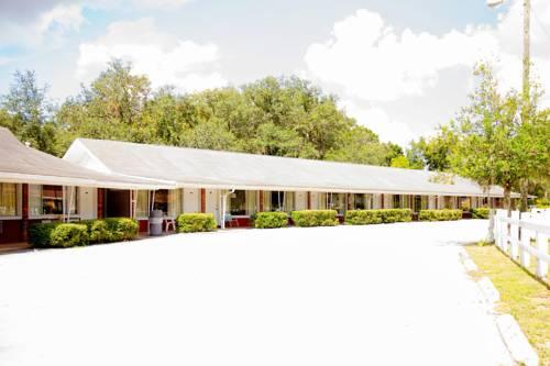 Sun Plaza Motel Cover Picture