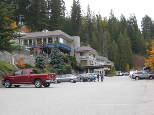 Ainsworth Hot Springs Resort Cover Picture