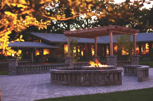 Lake Lawn Resort Cover Picture