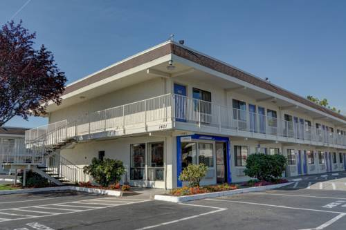 Motel 6 Salem Cover Picture