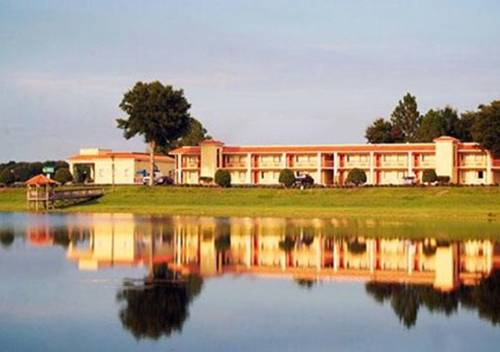 Quality Inn & Suites Mount Dora Cover Picture