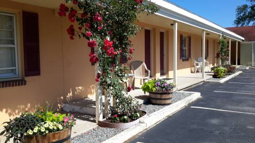 The Bay Willows Inn Cover Picture