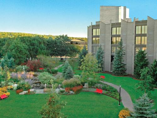 White Oaks Conference & Resort Spa Cover Picture