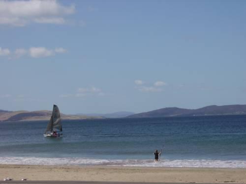 The Esplanade Kingston Beach Cover Picture