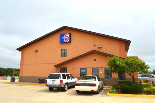 Motel 6 Marshalltown Cover Picture