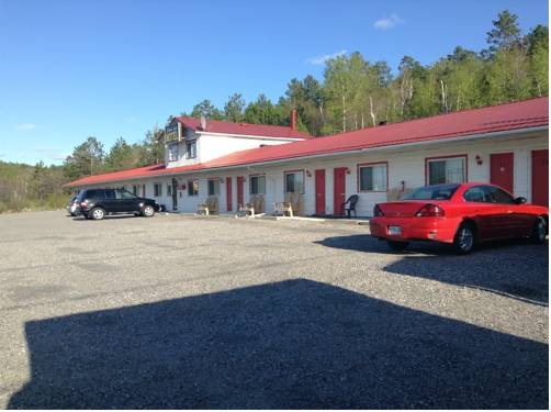 Richard Lake Motel Cover Picture
