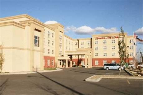 Hampton Inn & Suites by Hilton Edmonton International Airport Cover Picture