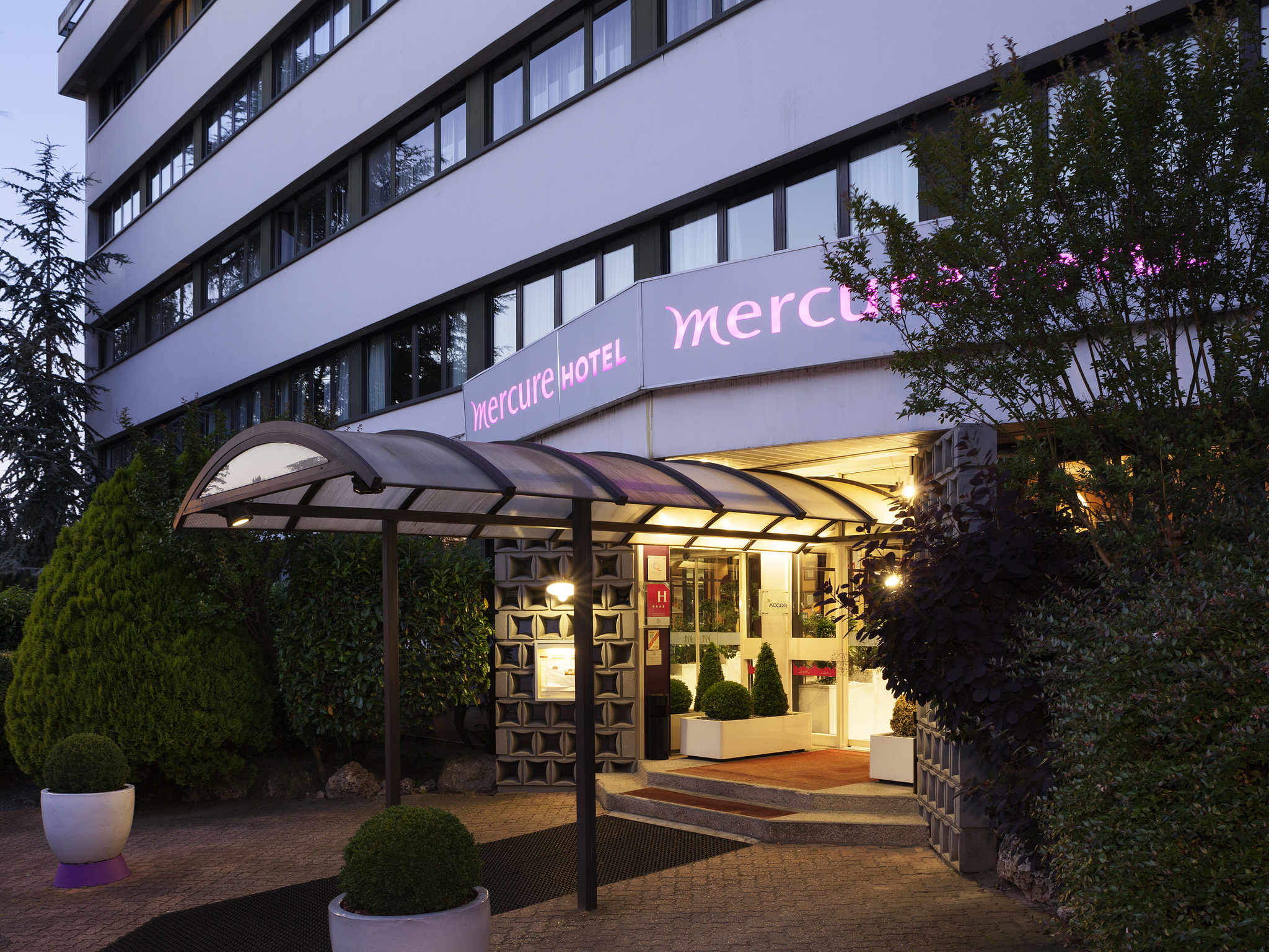 Mercure Versailles Parly 2 Cover Picture
