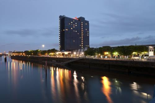 Crowne Plaza Glasgow Cover Picture