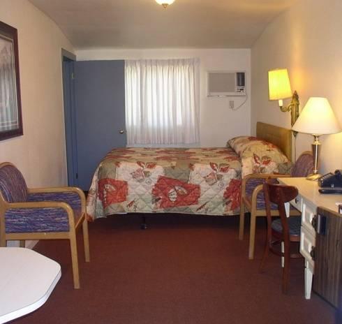 Hacienda Motel Cover Picture