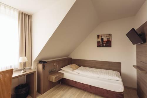 Landgasthof Zur scharfen Ecke Cover Picture