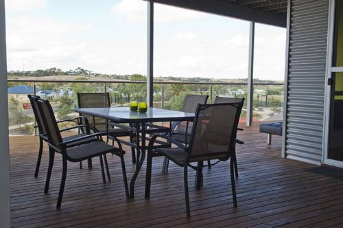 Narooma Waters Retreat Cover Picture