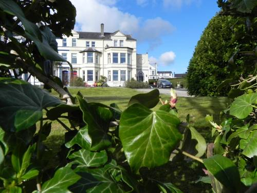 Shelleven Guest House Cover Picture