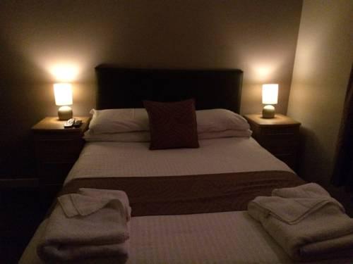 The Davron Hotel Cover Picture