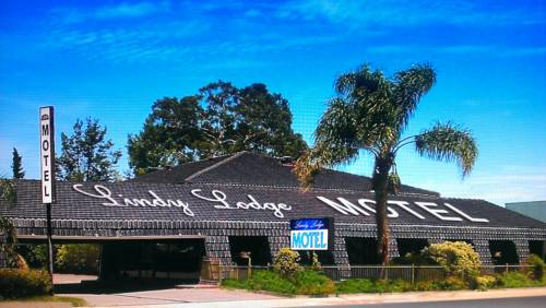 Lindy Lodge Motel Cover Picture