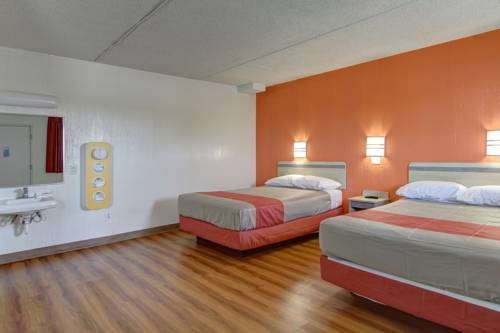 Motel 6 Cleveland International Airport - North Ridgeville Cover Picture