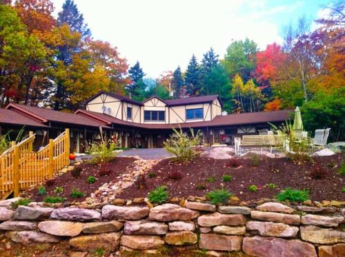 Lake Harmony Inn Cover Picture