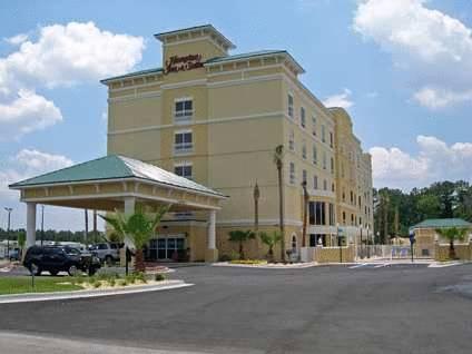 Hampton Inn & Suites Lake City Cover Picture