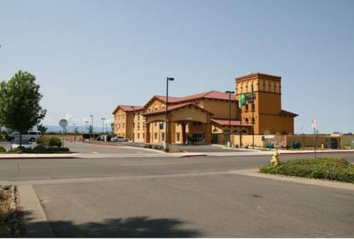 Holiday Inn Express Hotel & Suites Willows Cover Picture