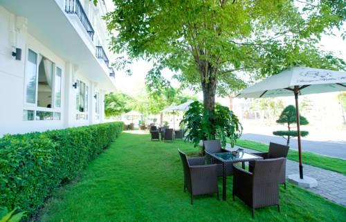 Paragon Villa Hotel Cover Picture