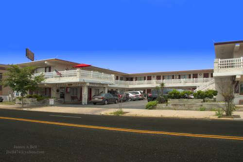 Coral Sands Motel Cover Picture