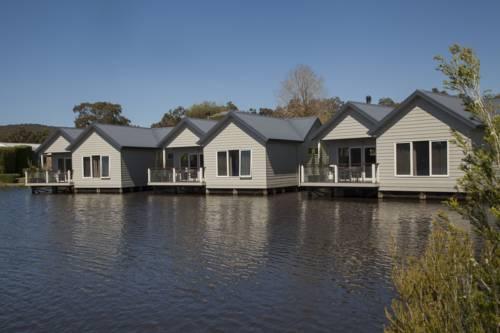 Lakeside Villas at Crittenden Estate Cover Picture