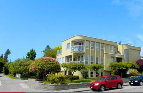 Star of the Sea Bed and Breakfast Cover Picture