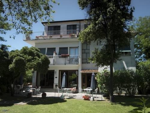 Hotel Villa Beatrice Cover Picture