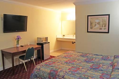 Royla Motel Cover Picture