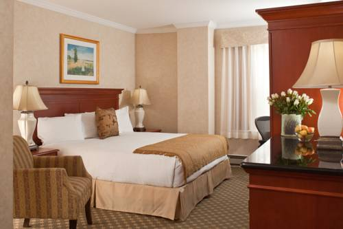 Chestnut Hill Hotel Cover Picture