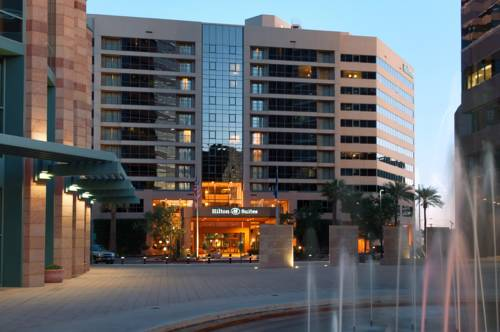 Hilton Suites Phoenix Cover Picture
