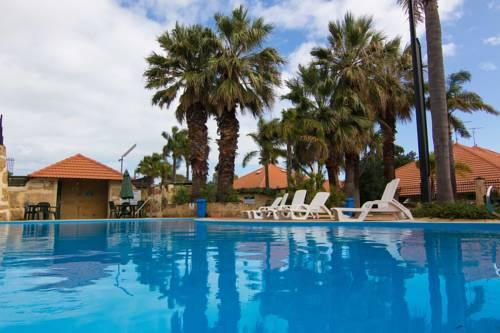 Mandurah Family Resort Cover Picture
