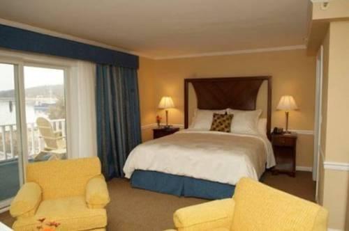 Danfords Hotel & Marina Cover Picture